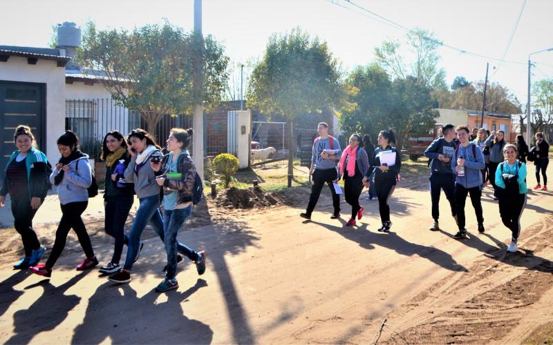 Nuestros problemas-nuestras acciones: construir territorialidades solidarias frente a las inundaciones en el barrio Malvinas Argentinas (Santa Rosa-La Pampa- Argentina)